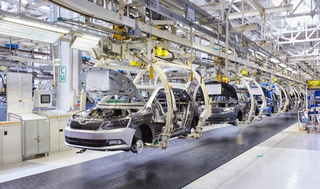 Escasez de microchips afecta a la industria automotriz a nivel mundial